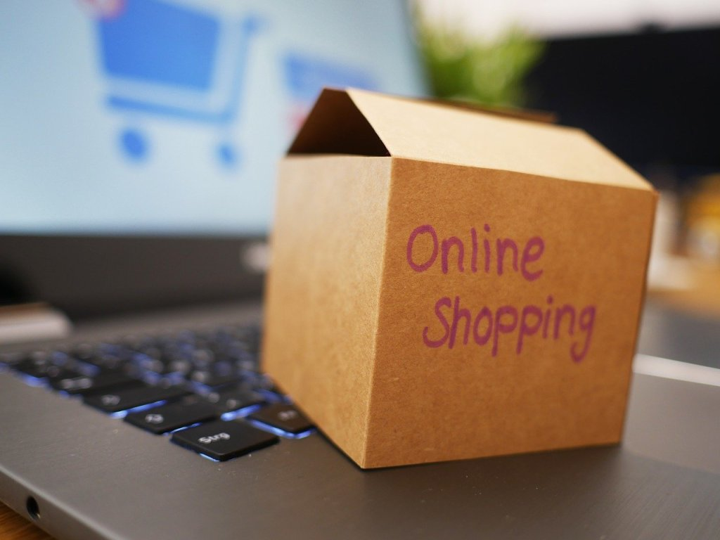 Online shopping, belanja online, impulsive buying